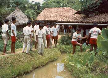 school kids at the Samudra Cottage